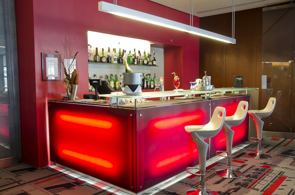 VIP 이그제큐티브 아츠(VIP Executive Art's) Hotel Image 15 - Hotel Bar
