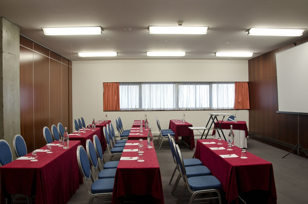 VIP 이그제큐티브 아츠(VIP Executive Art's) Hotel Image 33 - Meeting Facility