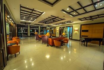 Pontefino Hotel Batangas Lobby Lounge