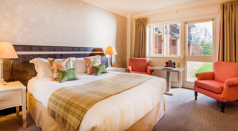 Classic Double Room, 1 King Bed, Garden View