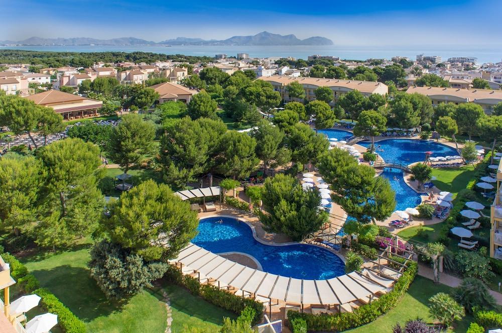 Zafiro Mallorca, Featured Image