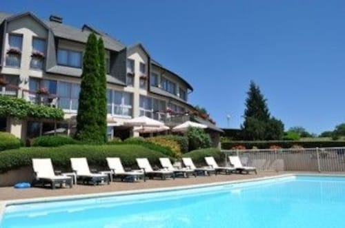 INTER-HOTEL Salers Le Gerfaut, Cantal