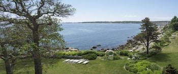Superior Room, Ocean View (Yankee Clipper Inn or Quarterdeck House)