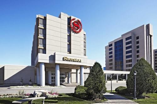 Sheraton Parkway Toronto North Hotel & Suites, York