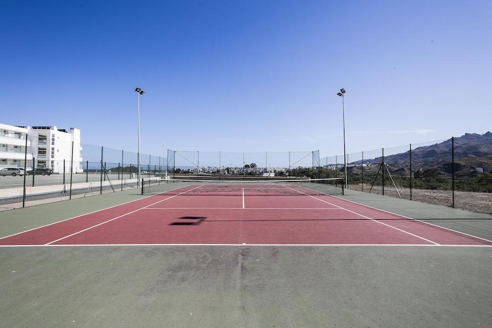 베스트 오아시스 트로피칼(Best Oasis Tropical) Hotel Image 22 - Tennis Court
