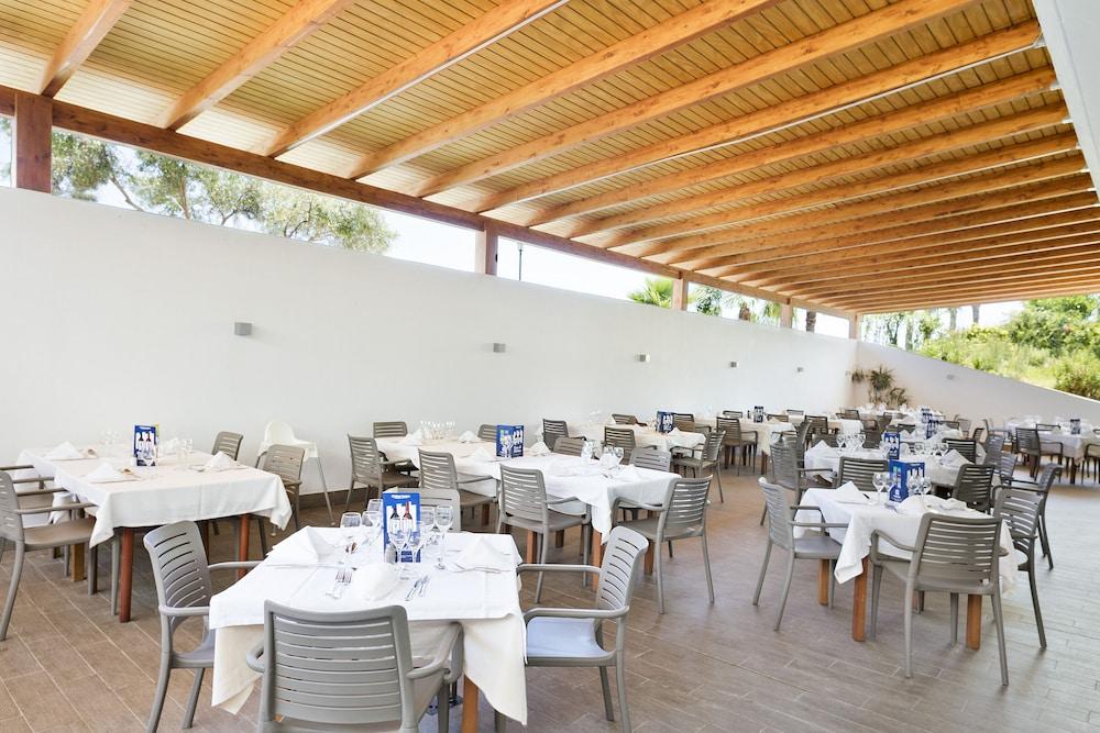 베스트 오아시스 트로피칼(Best Oasis Tropical) Hotel Image 28 - Hotel Bar