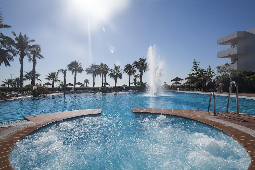 베스트 오아시스 트로피칼(Best Oasis Tropical) Hotel Image 15 - Outdoor Pool