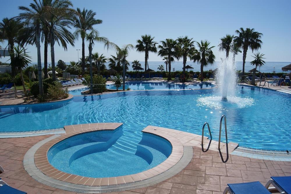 베스트 오아시스 트로피칼(Best Oasis Tropical) Hotel Image 13 - Outdoor Pool