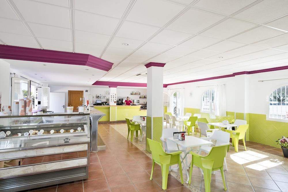 베스트 오아시스 트로피칼(Best Oasis Tropical) Hotel Image 29 - Hotel Bar