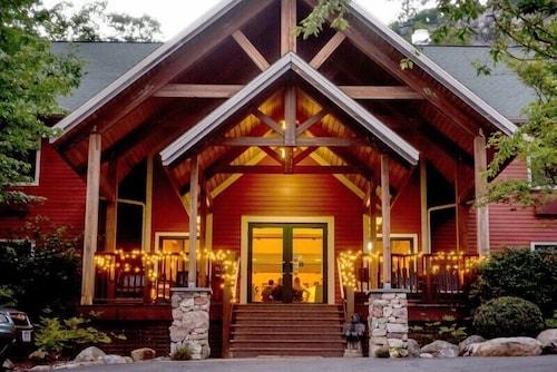 . Minnewaska Lodge