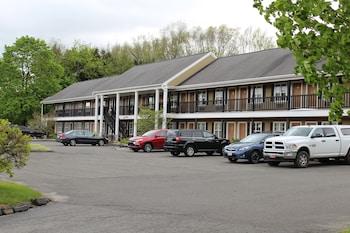 Hotel - Newbury Inn