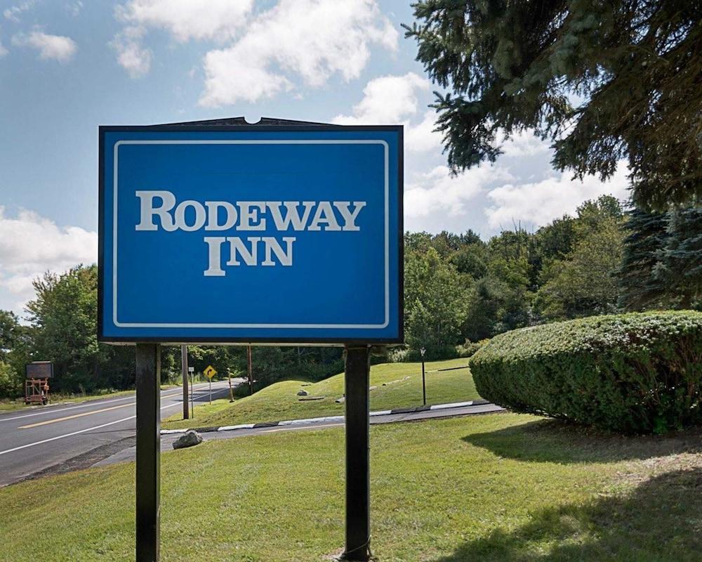 로드웨이 인 웨스트민스터(Rodeway Inn Westminster) Hotel Image 11 - Exterior