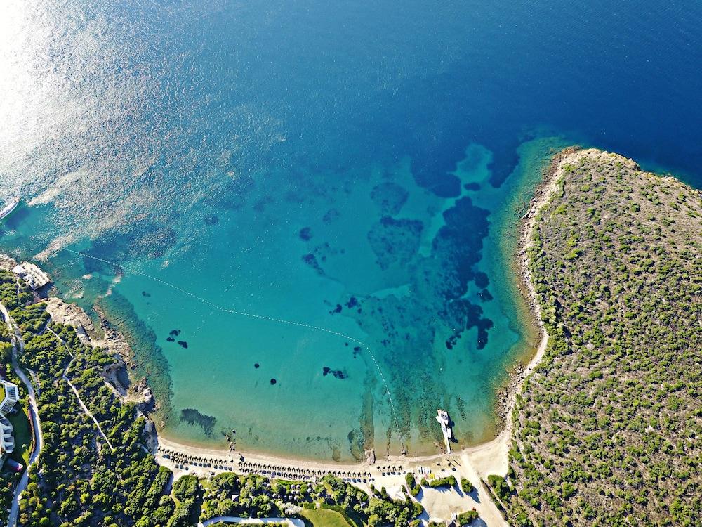 Kempinski Hotel Barbaros Bay, Featured Image