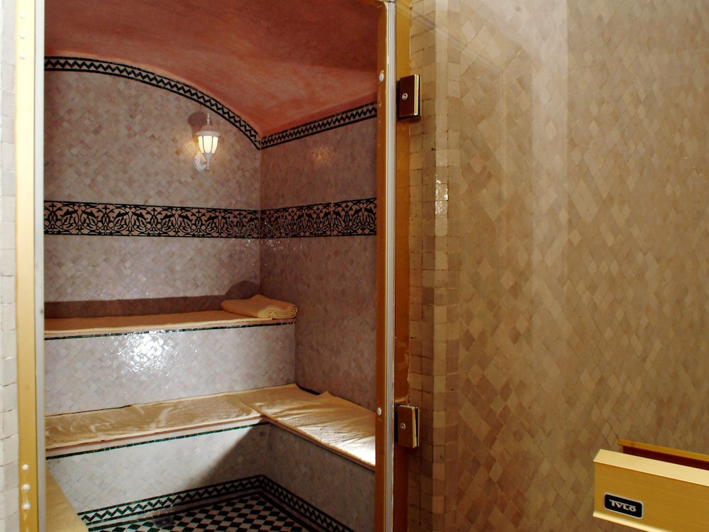 라마다 페스(Ramada Fes) Hotel Thumbnail Image 61 - Steam Room