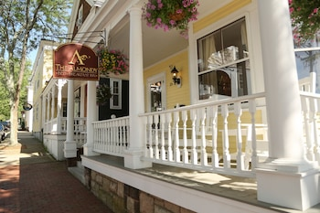 The Almondy Bed & Breakfast Inn