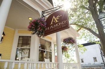 Hotel - Almondy Inn