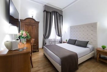 Double Room (Queen - French Bed)