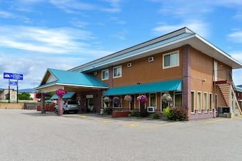 Hotel - Canadas Best Value Inn & Suites Castlegar