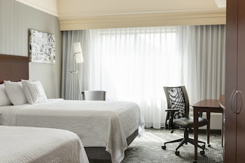 Standard Room, 1 King Bed with Sofa bed (Guest)