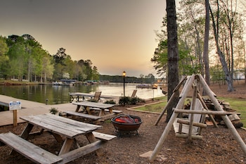 The Lodge On Lake Oconee - Property Amenity  - #0