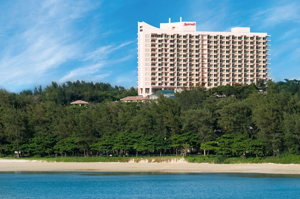 오키나와 매리어트 리조트 앤드 스파(Okinawa Marriott Resort & Spa) Hotel Image 164 - Hotel Front