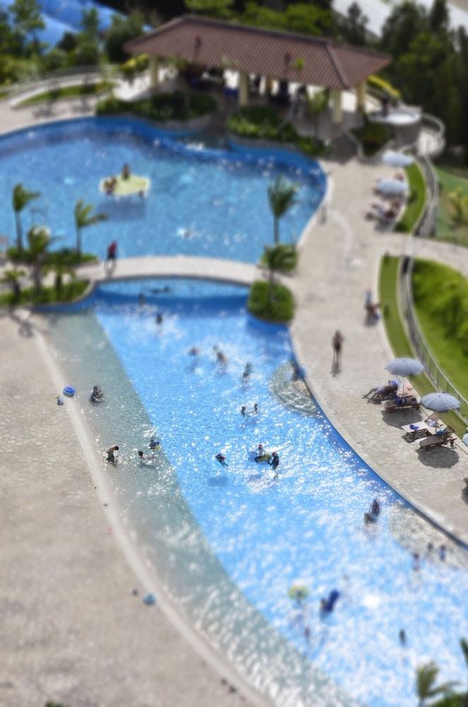 오키나와 매리어트 리조트 앤드 스파(Okinawa Marriott Resort & Spa) Hotel Image 41 - Outdoor Pool
