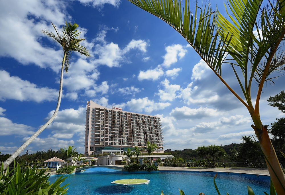 오키나와 매리어트 리조트 앤드 스파(Okinawa Marriott Resort & Spa) Hotel Image 153 - Hotel Front