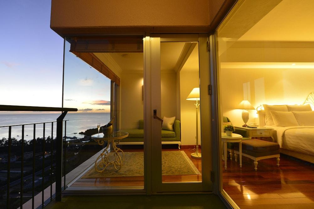 오키나와 매리어트 리조트 앤드 스파(Okinawa Marriott Resort & Spa) Hotel Image 21 - Guestroom View