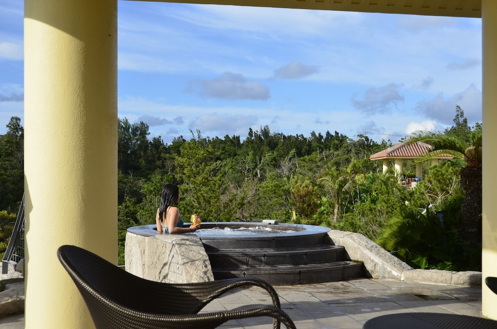 오키나와 매리어트 리조트 앤드 스파(Okinawa Marriott Resort & Spa) Hotel Image 79 - Outdoor Pool