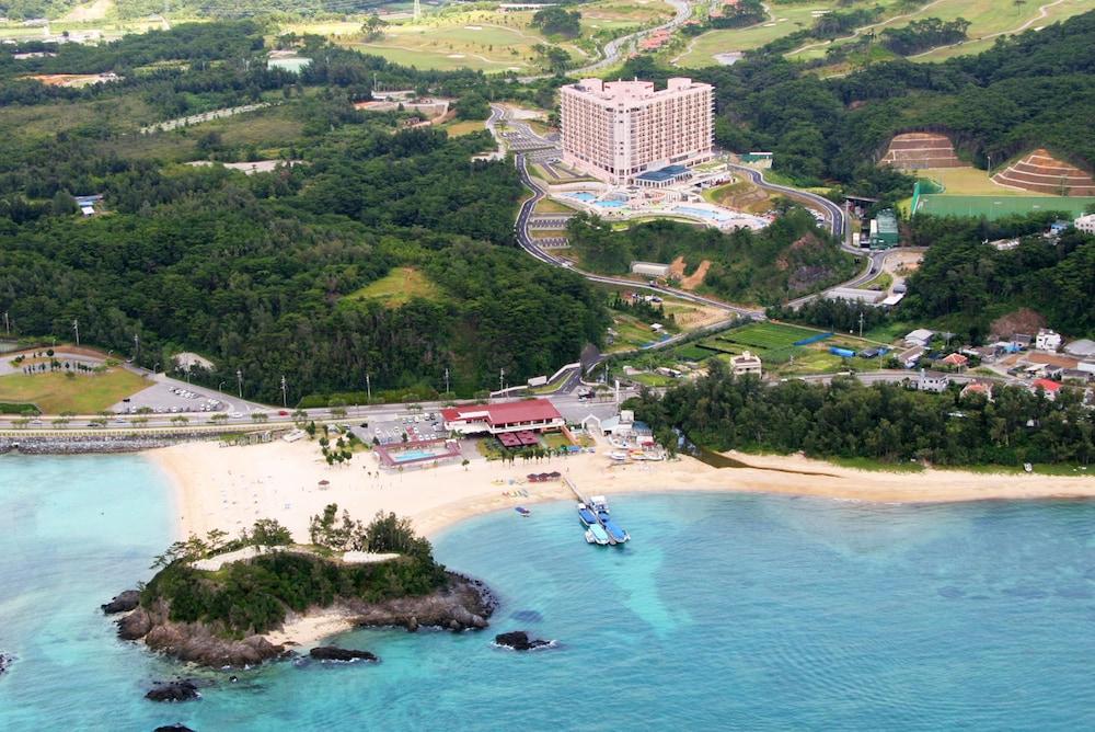 오키나와 매리어트 리조트 앤드 스파(Okinawa Marriott Resort & Spa) Hotel Image 174 - Aerial View