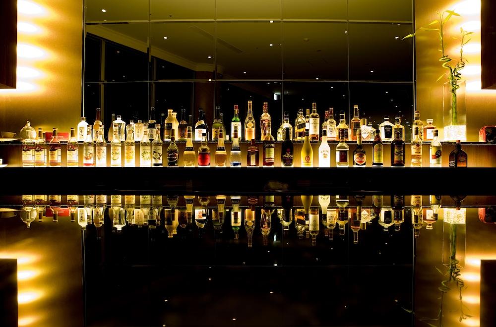 오키나와 매리어트 리조트 앤드 스파(Okinawa Marriott Resort & Spa) Hotel Image 139 - Hotel Bar