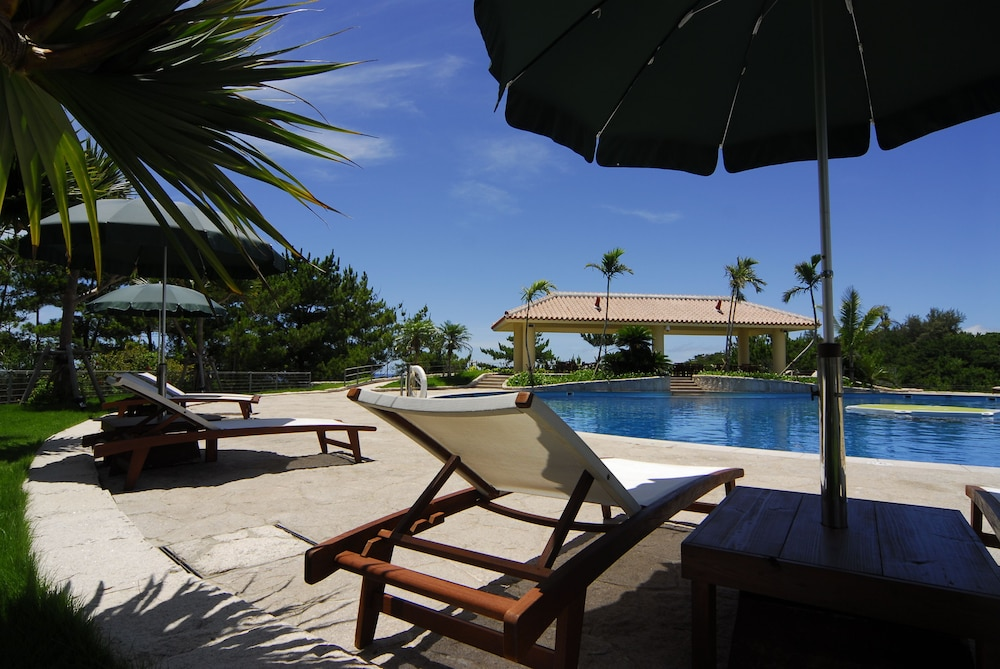 오키나와 매리어트 리조트 앤드 스파(Okinawa Marriott Resort & Spa) Hotel Image 59 - Outdoor Pool