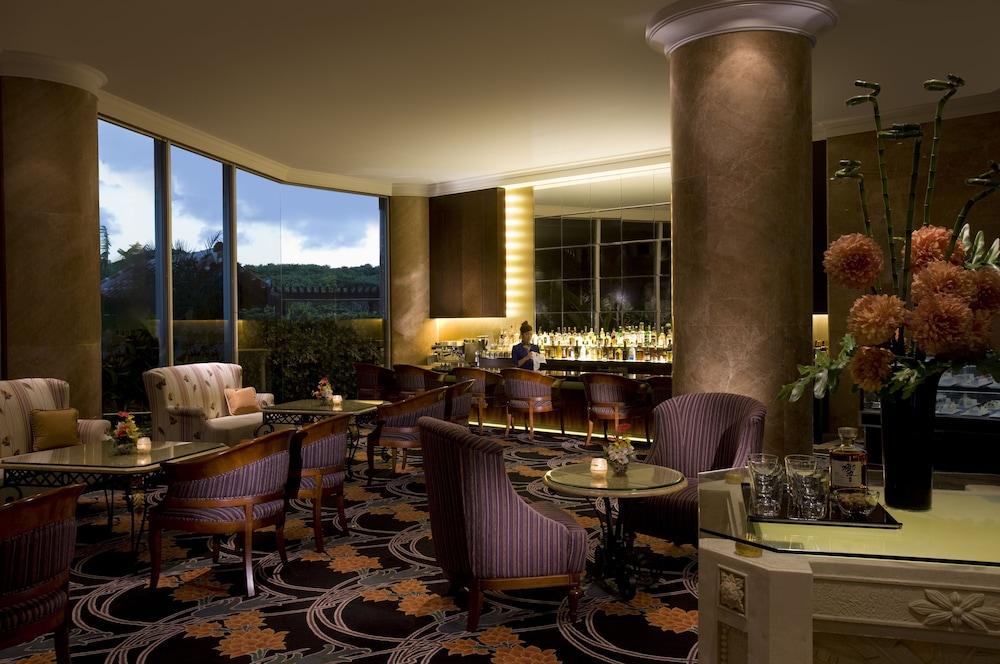 오키나와 매리어트 리조트 앤드 스파(Okinawa Marriott Resort & Spa) Hotel Image 135 - Hotel Bar