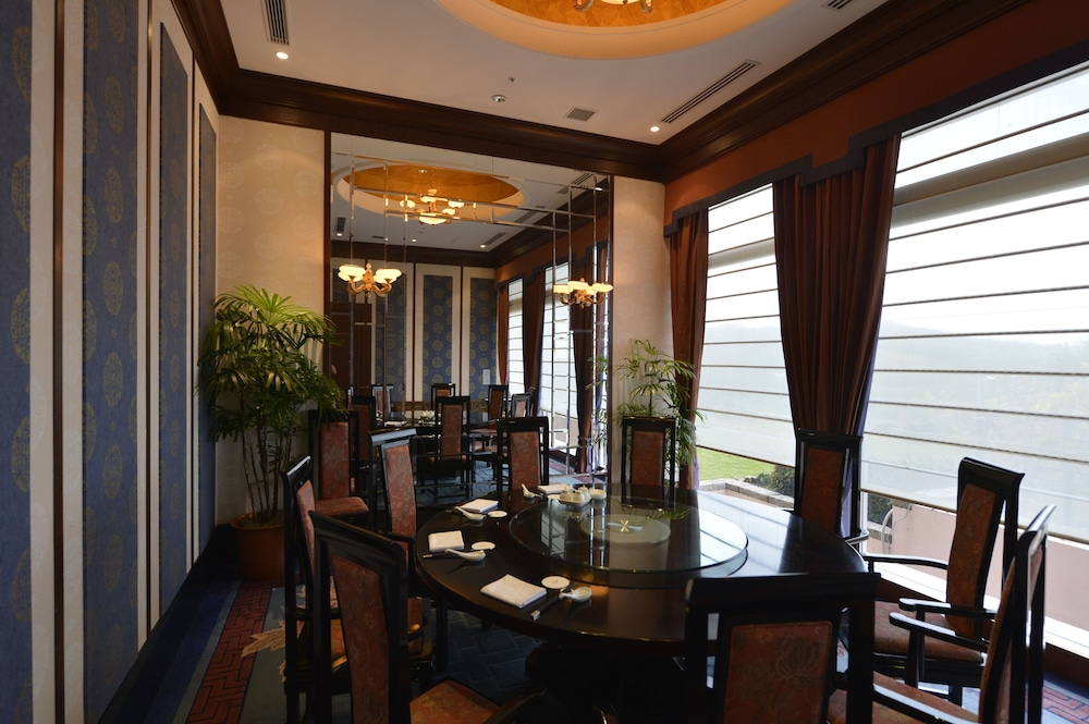 오키나와 매리어트 리조트 앤드 스파(Okinawa Marriott Resort & Spa) Hotel Image 125 - Restaurant