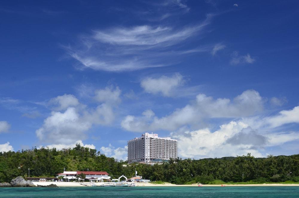 오키나와 매리어트 리조트 앤드 스파(Okinawa Marriott Resort & Spa) Hotel Image 166 - Hotel Front