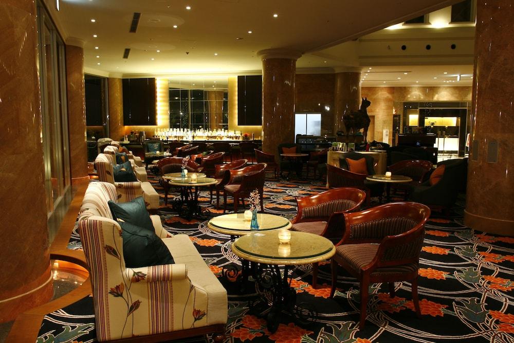 오키나와 매리어트 리조트 앤드 스파(Okinawa Marriott Resort & Spa) Hotel Image 134 - Hotel Bar