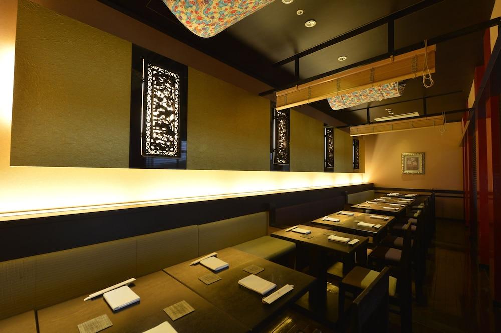 오키나와 매리어트 리조트 앤드 스파(Okinawa Marriott Resort & Spa) Hotel Image 135 - Restaurant