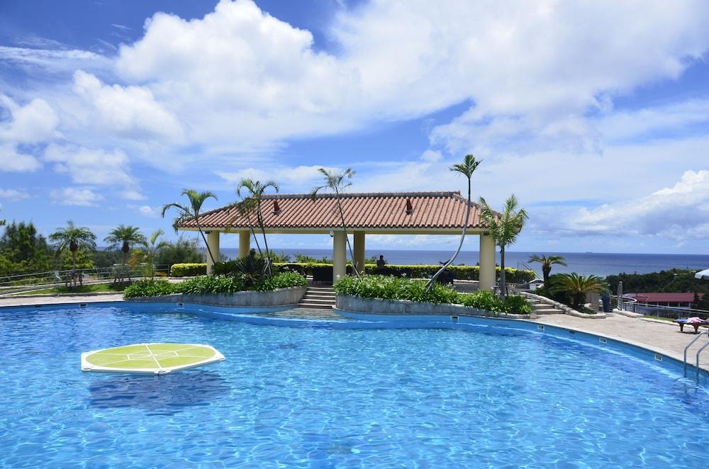 오키나와 매리어트 리조트 앤드 스파(Okinawa Marriott Resort & Spa) Hotel Image 65 - Outdoor Pool