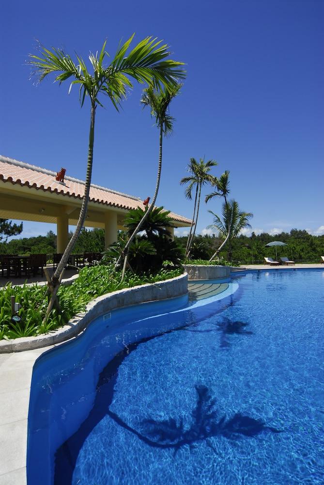 오키나와 매리어트 리조트 앤드 스파(Okinawa Marriott Resort & Spa) Hotel Image 69 - Outdoor Pool