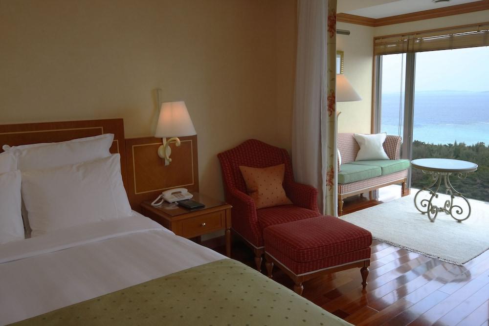오키나와 매리어트 리조트 앤드 스파(Okinawa Marriott Resort & Spa) Hotel Image 4 - Guestroom