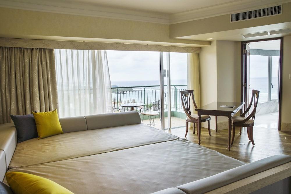 오키나와 매리어트 리조트 앤드 스파(Okinawa Marriott Resort & Spa) Hotel Image 14 - Guestroom