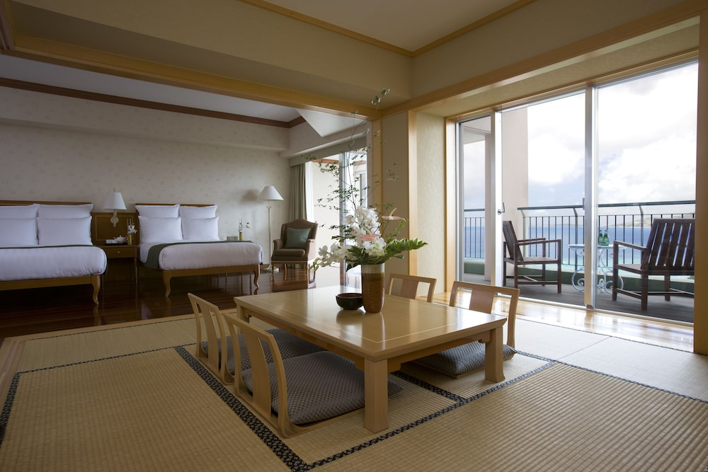 오키나와 매리어트 리조트 앤드 스파(Okinawa Marriott Resort & Spa) Hotel Image 20 - Guestroom