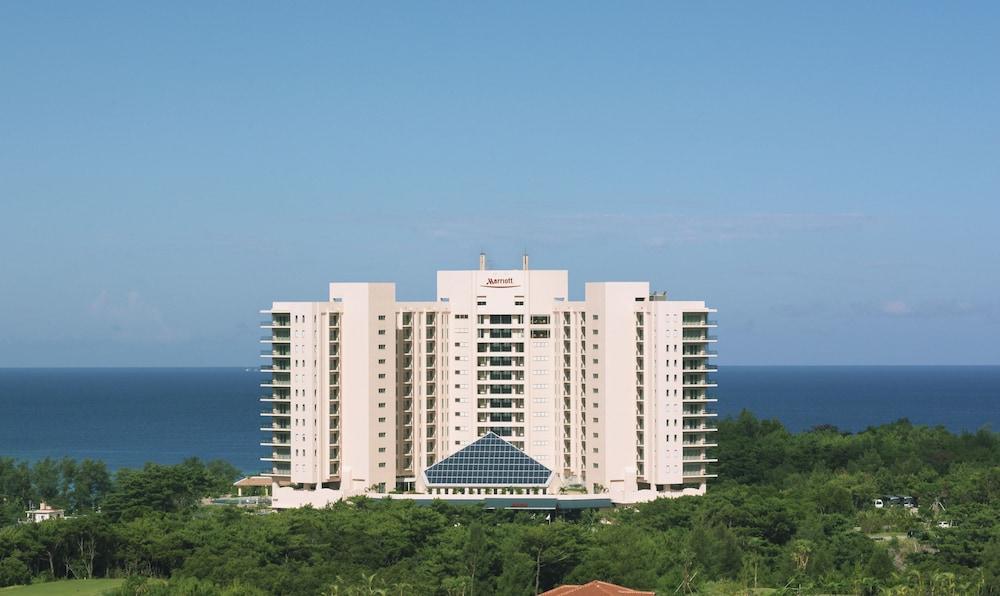 오키나와 매리어트 리조트 앤드 스파(Okinawa Marriott Resort & Spa) Hotel Image 159 - Hotel Front