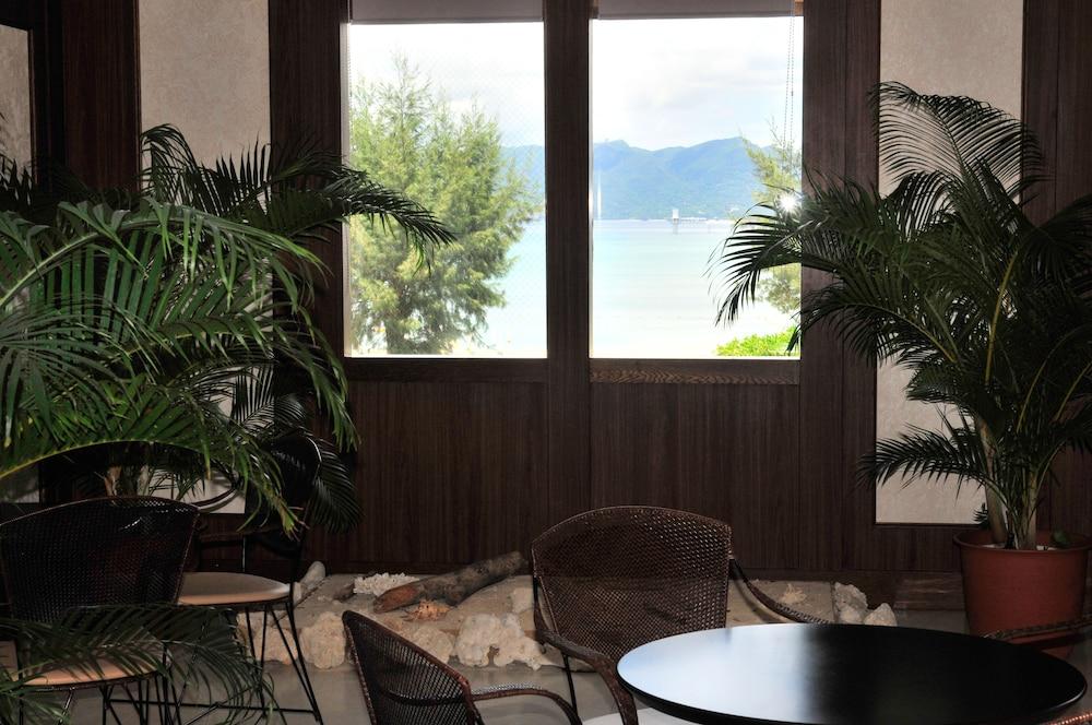 오키나와 매리어트 리조트 앤드 스파(Okinawa Marriott Resort & Spa) Hotel Image 141 - Hotel Lounge