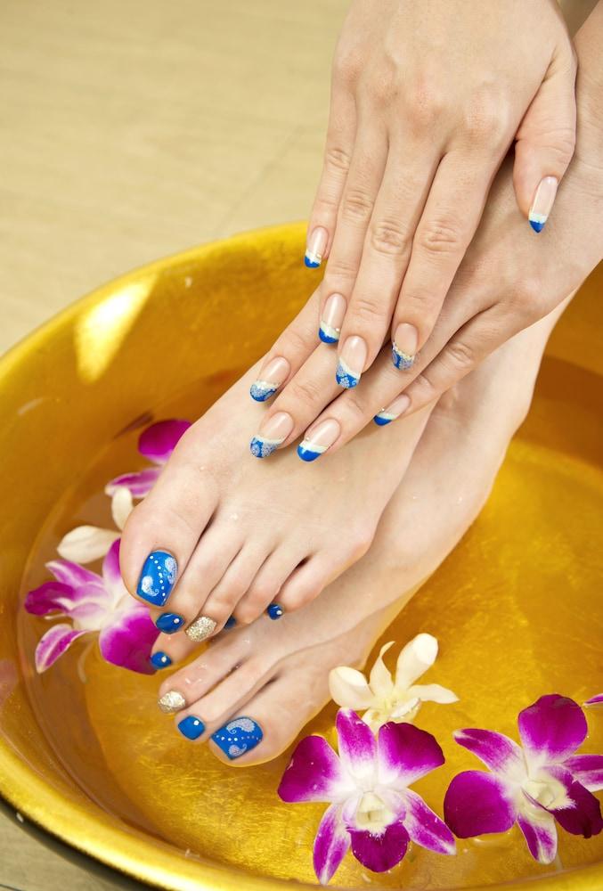오키나와 매리어트 리조트 앤드 스파(Okinawa Marriott Resort & Spa) Hotel Image 90 - Nail Salon