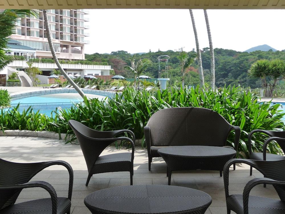 오키나와 매리어트 리조트 앤드 스파(Okinawa Marriott Resort & Spa) Hotel Image 141 - Poolside Bar