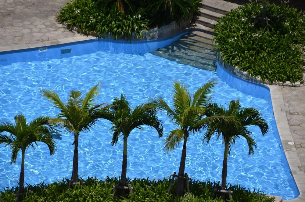 오키나와 매리어트 리조트 앤드 스파(Okinawa Marriott Resort & Spa) Hotel Image 55 - Outdoor Pool