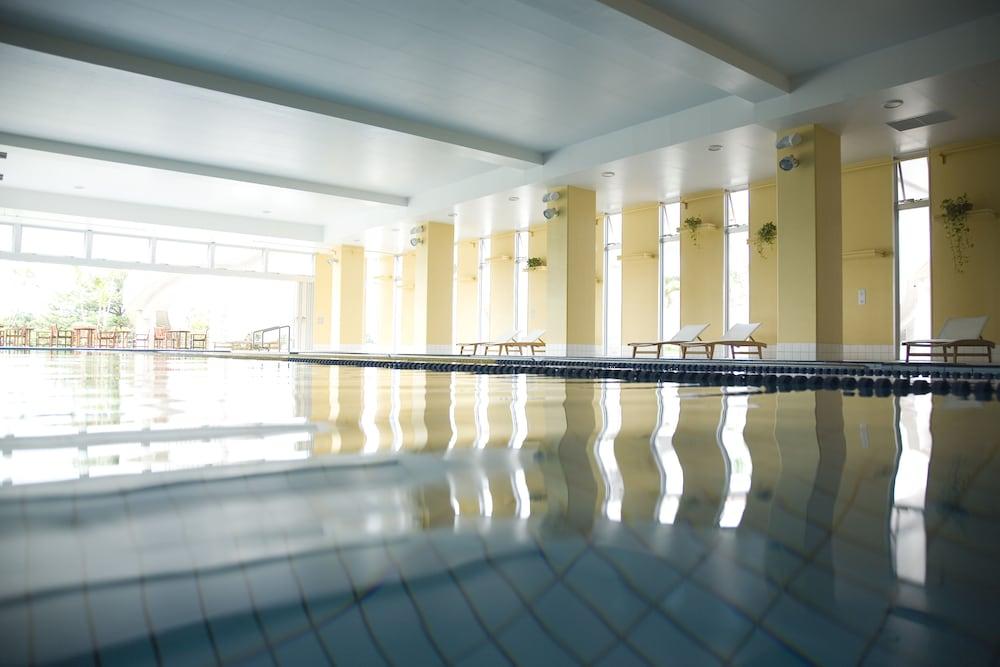 오키나와 매리어트 리조트 앤드 스파(Okinawa Marriott Resort & Spa) Hotel Image 175 - Exercise/Lap Pool