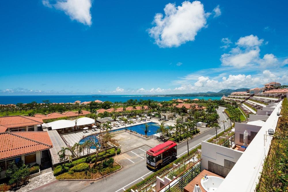 Kanucha Bay Hotels & Villas