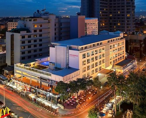 . Mövenpick Suriwongse Hotel Chiang Mai